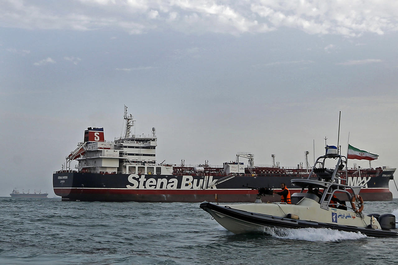 Photo of Swedish proprietor of oil tanker held by Iran: ship has not moved