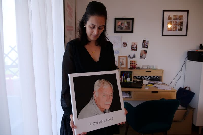 A father who died alone: one among nearly France's 100,000 COVID victims