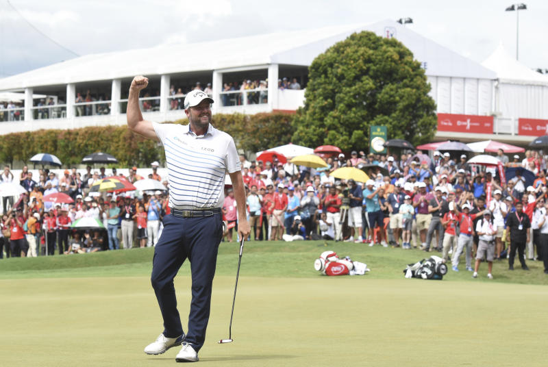 Leishman breezes to victory in CIMB Classic