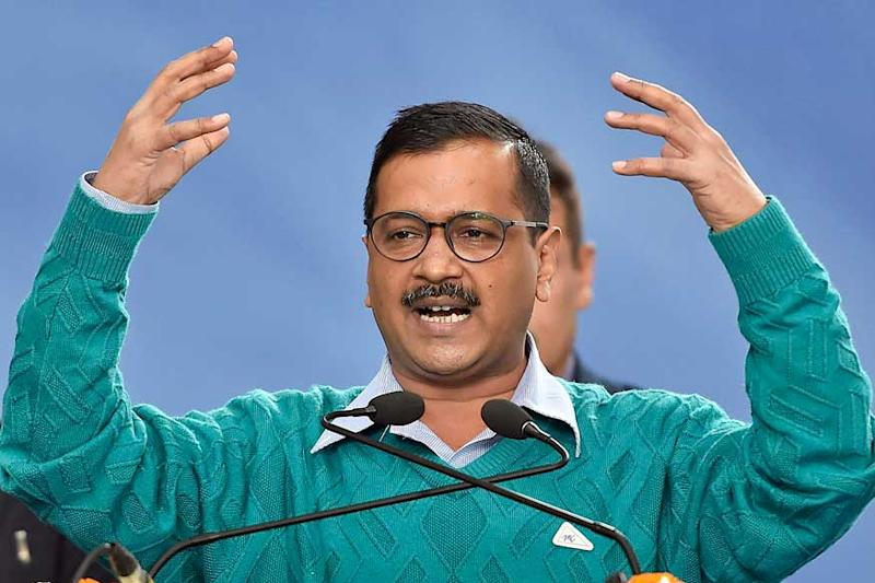 Advantage Kejriwal as BJP Looks for Credible CM Face, Cong Deals With Dikshit's Loss Ahead of Polls