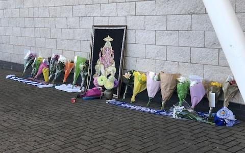 <span>Flowers are laid outside the King Power Stadium on Sunday morning</span>