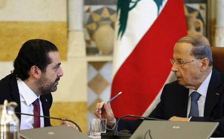 Lebanon's Hariri, Tillerson hold talks in Paris