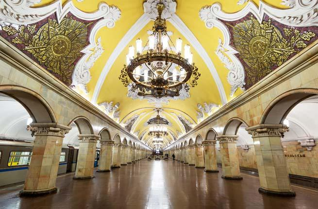 <p>The subway stations in are some of the best places to explore traditional Russian art. Many stations impress visitors with arched columns and romantic murals and paintings. Check out the ornate, Neoclassical-inspired Komsomolskaya Station in the Krasnoselsky District, designed by Dmitry Chechulin.</p>