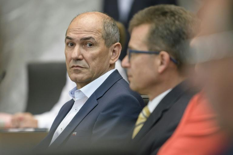 While the main opposition right-wing Slovenian Democratic Party (SDS) led by former prime minister Janez Jansa, won most seats it failed to build a ruling coalition