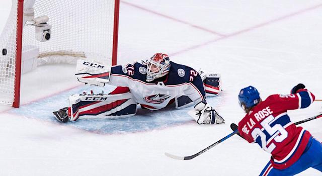 "<a class=""link rapid-noclick-resp"" href=""/nhl/teams/cob/"" data-ylk=""slk:Columbus Blue Jackets"">Columbus Blue Jackets</a> goalie <a class=""link rapid-noclick-resp"" href=""/nhl/players/4901/"" data-ylk=""slk:Sergei Bobrovsky"">Sergei Bobrovsky</a> proved again this week that he is not, in fact, human. (Paul Chiasson/CP)"