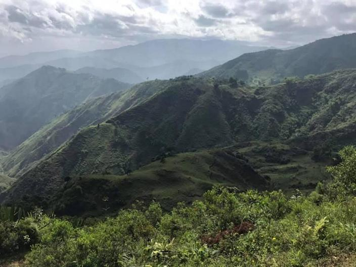 The mountain region where a single-engine airplane crashed in the commune of Léogâne in the locality of Mathurin, a rural and mountainous section of Beauséjour, Haiti. All six individuals on board died.