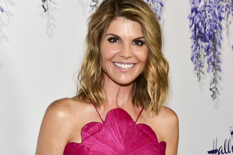 Lori Loughlin: 'Full House' star surrenders to FBI after being charged in 'college bribery' case