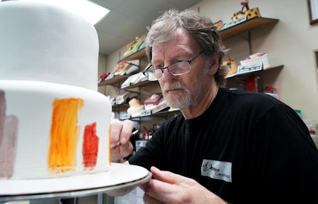 Baker Jack Phillips decorates a cake in his Masterpiece Cakeshop in Lakewood, Colorado. September 21, 2017. REUTERS/Rick Wilking