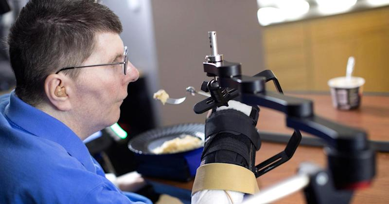Severely paralyzed man is able to eat and drink with brain implant