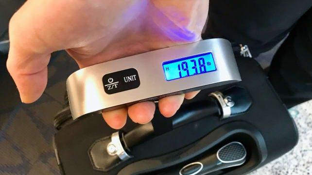 The best gifts for travelers: Dr. Meter Digital Luggage Scale