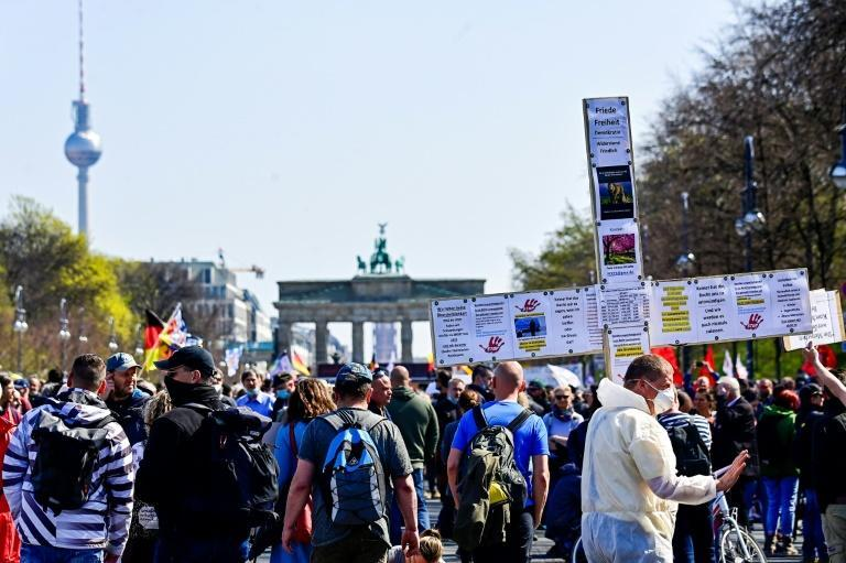 Anti lockdown protesters take part in a demonstration in Berlin