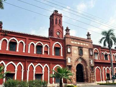 Aligarh Muslim University teachers should turn crisis into opportunity; young minds must be coaxed out of fear, writes AMU professor
