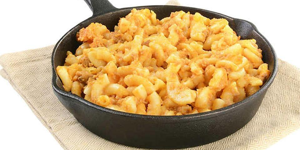<p>Heaven exists and it is this minimal effort, totally reusable Costco skillet mac and cheese.</p>