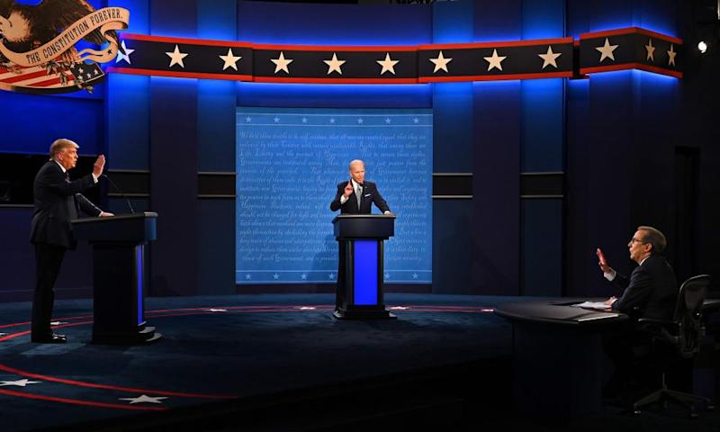 Donald Trump, Joe Biden and moderator Chris Wallace during the first presidential debate at the Case Western Reserve University.