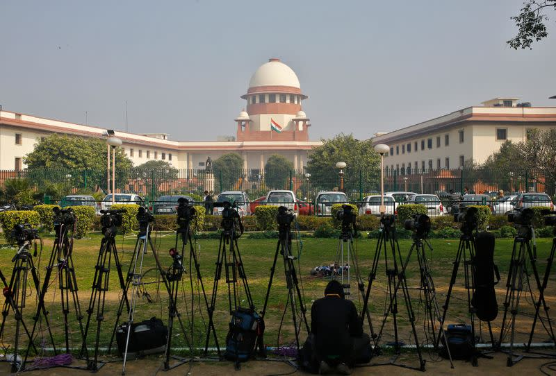 Top India court confirms four men to hang for bus rape and murder