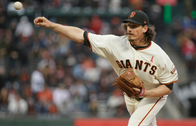 "<a class=""link rapid-noclick-resp"" href=""/mlb/players/8281/"" data-ylk=""slk:Jeff Samardzija"">Jeff Samardzija</a> is in fine form (DSH)"