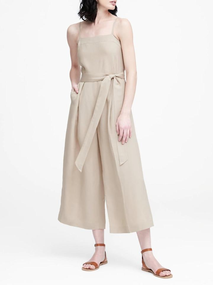 "<p>I'm a firm believer that a girl can never have too many cropped, wide-leg jumpsuits, since they're equal parts relaxed and flattering - you can throw them on for literally anything and look put-together. This <a href=""https://www.popsugar.com/buy/wide-leg%20jumpsuit-468308?p_name=wide-leg%20jumpsuit&retailer=bananarepublic.gap.com&price=139&evar1=fab%3Auk&evar9=46379195&evar98=https%3A%2F%2Fwww.popsugar.com%2Ffashion%2Fphoto-gallery%2F46379195%2Fimage%2F46379323%2FLinen-Blend-Cropped-Jumpsuit&prop13=api&pdata=1"" rel=""nofollow"" data-shoppable-link=""1"" target=""_blank"" class=""ga-track"" data-ga-category=""Related"" data-ga-label=""http://bananarepublic.gap.com/browse/product.do?pid=426543002&amp;pcid=999#pdp-page-content"" data-ga-action=""In-Line Links"">wide-leg jumpsuit</a> ($139) comes in a neutral khaki hue that's the perfect canvas for tan leather accessories.</p>"