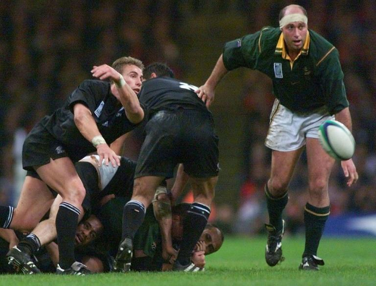 """Springbok forward Mark Andrews, seen here during the 1999 World Cup, """"hated"""" the 1995 World Cup final when South Africa beat New Zealand (AFP Photo/ODD ANDERSEN)"""