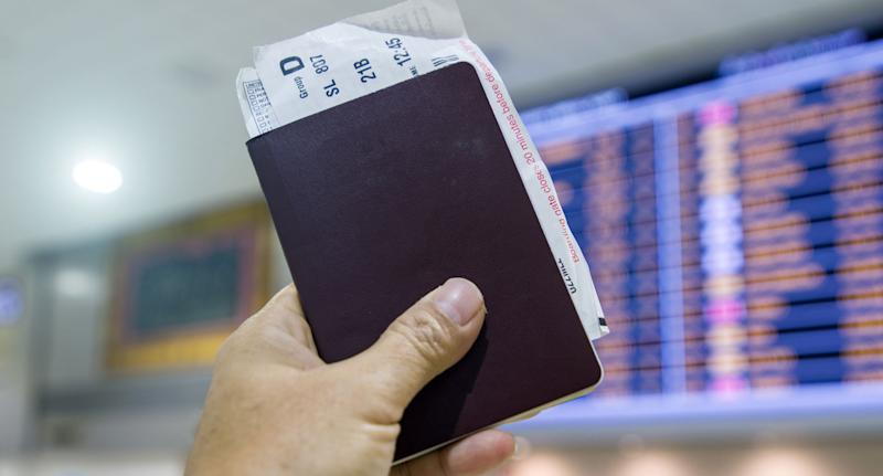 Japan has claimed the number one spot, overtaking Singapore on the 2018 Henley Passport Index, having gained visa-free access to Myanmar this month. Source: Getty Images (File pic)