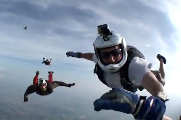 skydiver-knocked-unconscious-freefall-12000ft