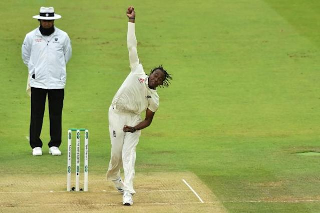 'Impressive' - England fast bowler Jofra Archer in action against Australia at Lord's on Friday (AFP Photo/Glyn KIRK )
