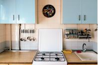 """<p>If you ever run across a vintage stove or refrigerator at a yard sale and it's in good condition, snatch it up. Thanks to all the love mid-century looks for the home have been getting lately, vintage kitchen appliances by brands like O'Keefe & Merritt are going for thousands on <a href=""""https://go.redirectingat.com?id=74968X1596630&url=https%3A%2F%2Fwww.ebay.com%2Fb%2Fvintage-appliances%2Fbn_7024790780%3Frt%3Dnc%26_sop%3D16&sref=https%3A%2F%2Fwww.bestproducts.com%2Flifestyle%2Fg35989192%2Fgarage-sale-items-antiques-worth%2F"""" rel=""""nofollow noopener"""" target=""""_blank"""" data-ylk=""""slk:eBay"""" class=""""link rapid-noclick-resp"""">eBay</a>.</p>"""