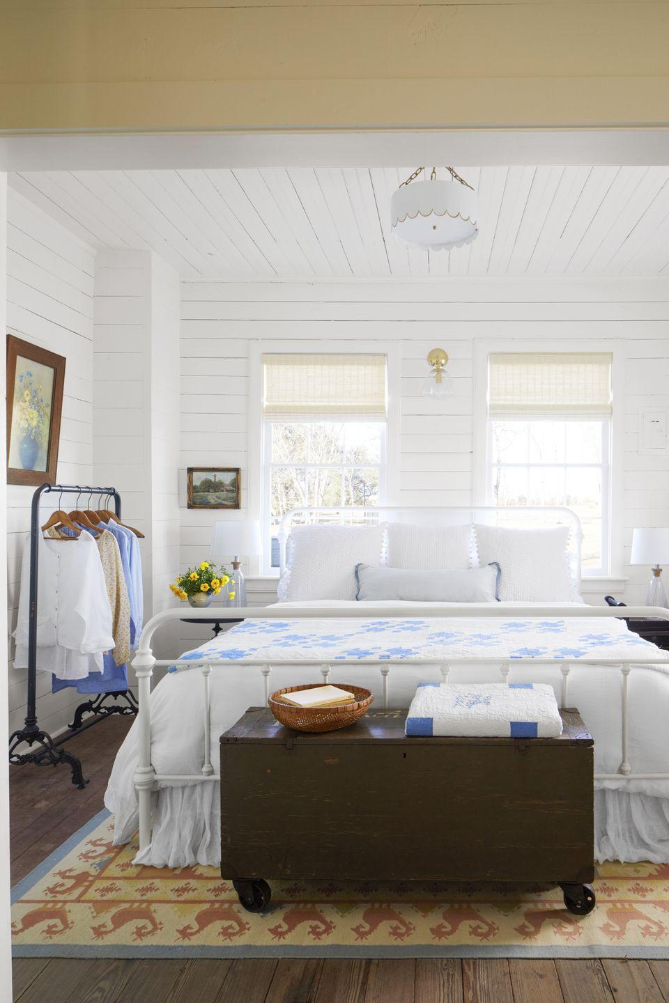 """<p>Nothing says modern farmhouse more than white shiplap. Whether updating existing shiplap boards in an old home or painting newly installed unfinished pine boards, get the fresh and timeless look with a pure white in a matte or eggshell finish. </p><p><strong>Get the Look: </strong><br>Wall Paint Color: <a href=""""https://store.benjaminmoore.com/storefront/index.ep"""" rel=""""nofollow noopener"""" target=""""_blank"""" data-ylk=""""slk:White Dove by Benjamin Moore"""" class=""""link rapid-noclick-resp"""">White Dove by Benjamin Moore</a></p>"""
