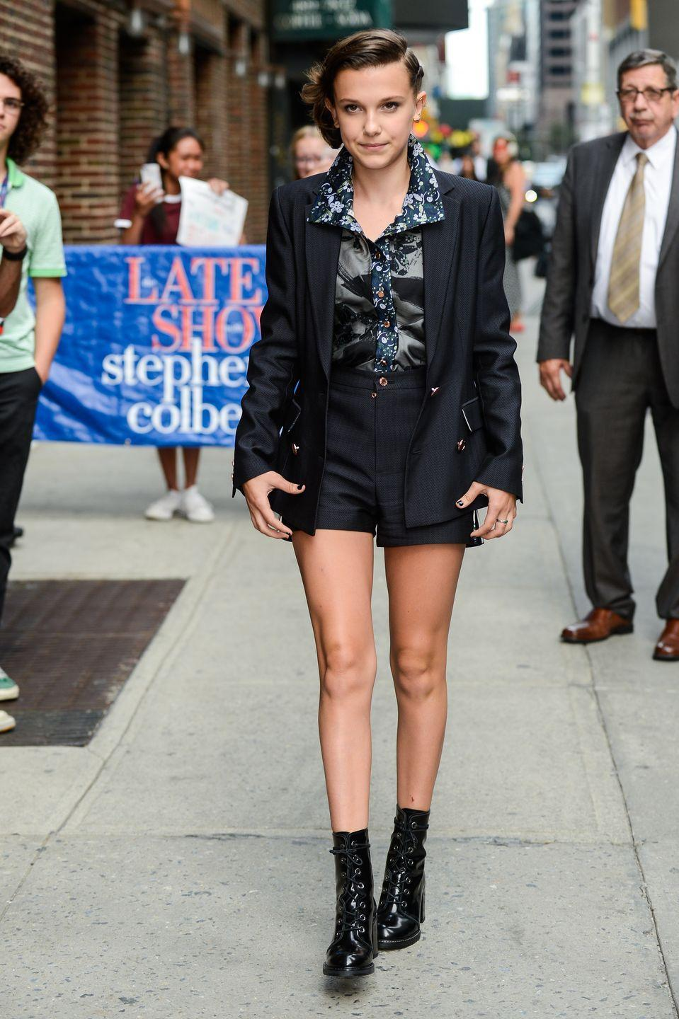 <p>I'll admit it: suits are boring. But with a trendy short and badass booties, the office attire turns into the coolest streetwear. </p>