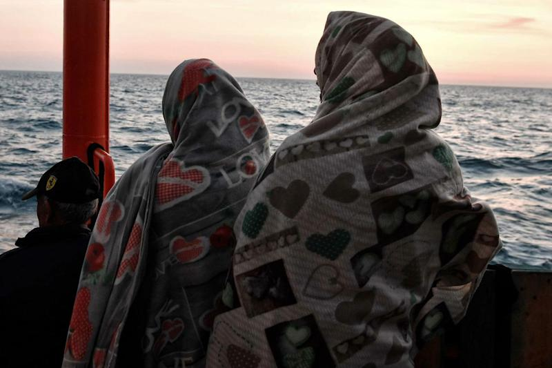 """Open Arms, Emergency: """"A bordo idee suicide"""""""