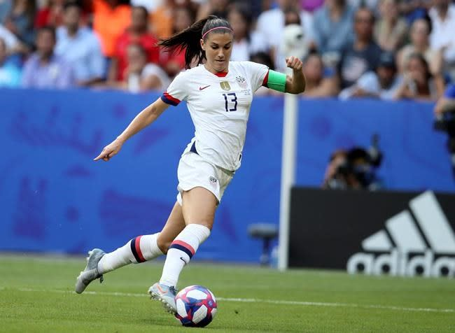 Alex Morgan joins influx of top Americans in English league