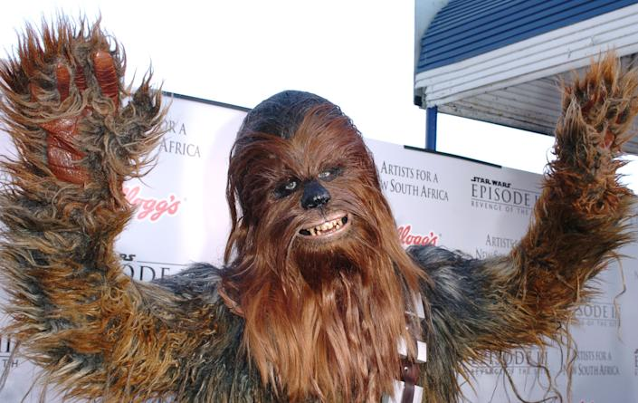Chewbacca during 'Star Wars: Episode III - Revenge of The Sith' Premiere to Benefit Artists for a New South Africa Charity - Arrivals at Mann's Village Theater in Westwood, CA, United States. (Photo by SGranitz/WireImage)