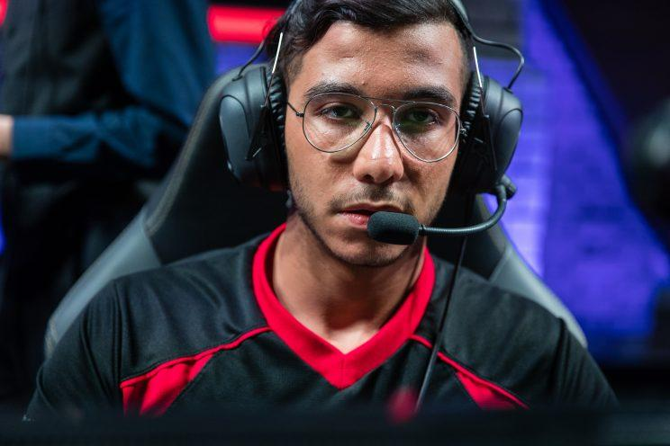 CozQ is the mid laner for Mysterious Monkeys (lolesports)