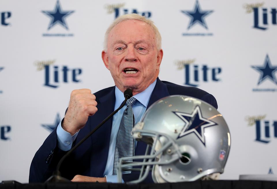 Jerry Jones is conducting the NFL draft in very Jerry Jones fashion. (Photo by Tom Pennington/Getty Images)