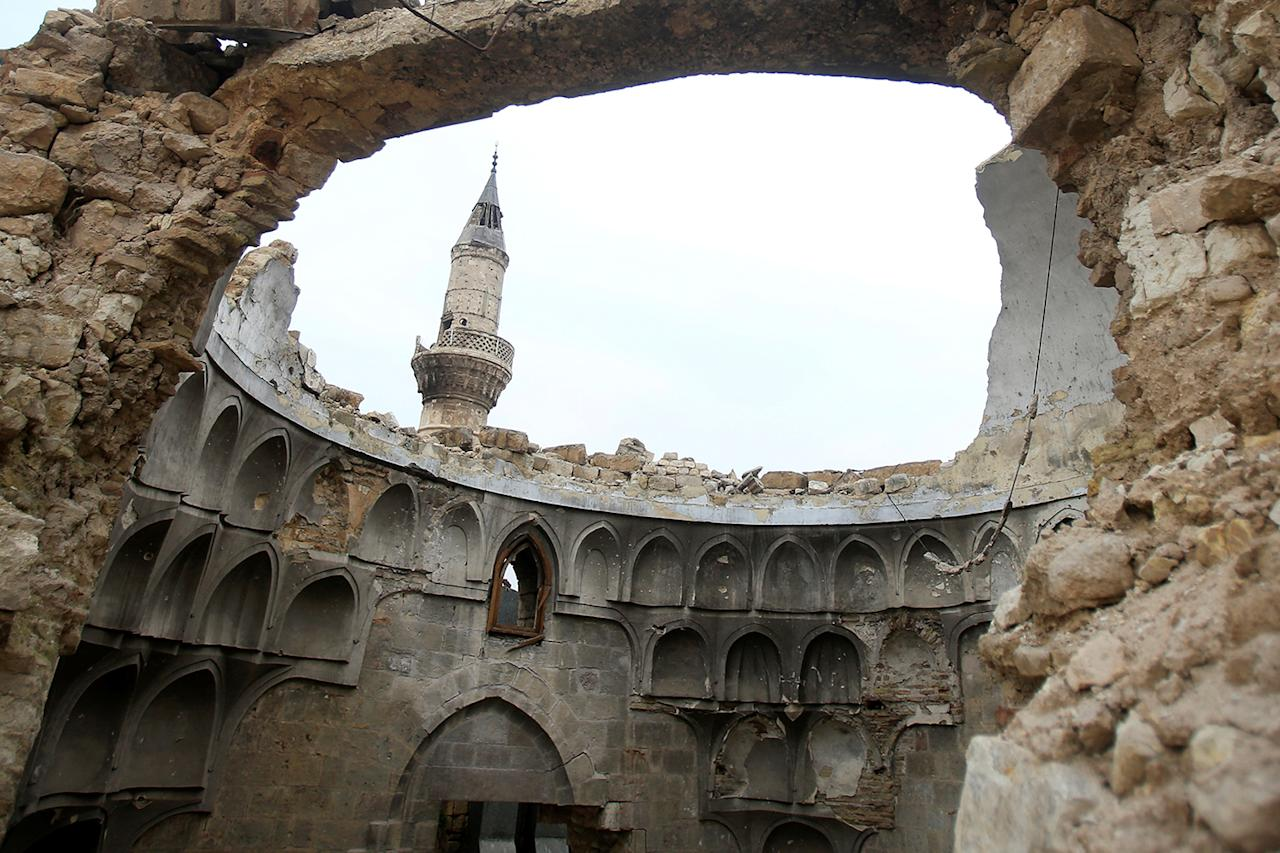 <p>A view shows a damaged dome of a mosque in the Old City of Aleppo, Syria, Jan. 31, 2017. (Photo: Ali Hashisho/Reuters) </p>
