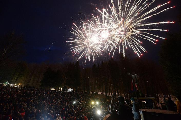<p>Fireworks light the sky during a predawn display at Gobbler's Knob on the 131st Groundhog Day in Punxsutawney, Pa., Feb. 2, 2017. (REUTERS/Alan Freed) </p>