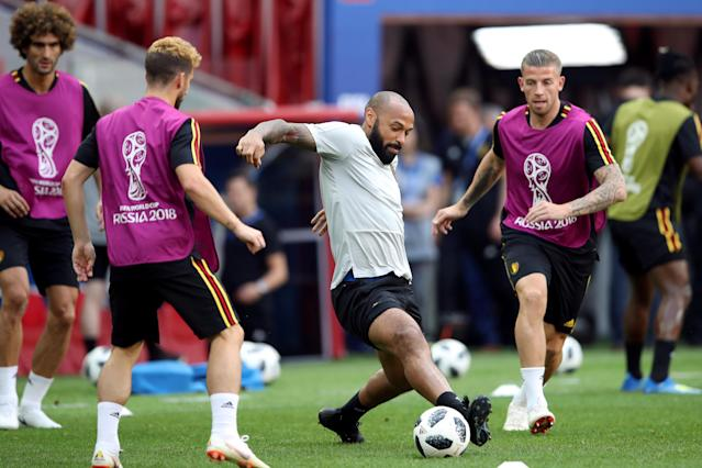 Soccer Football - World Cup - Belgium Training - Spartak Stadium, Moscow, Russia - June 22, 2018 Belgium assistant coach Thierry Henry with Toby Alderweireld and team mates during training REUTERS/Carl Recine