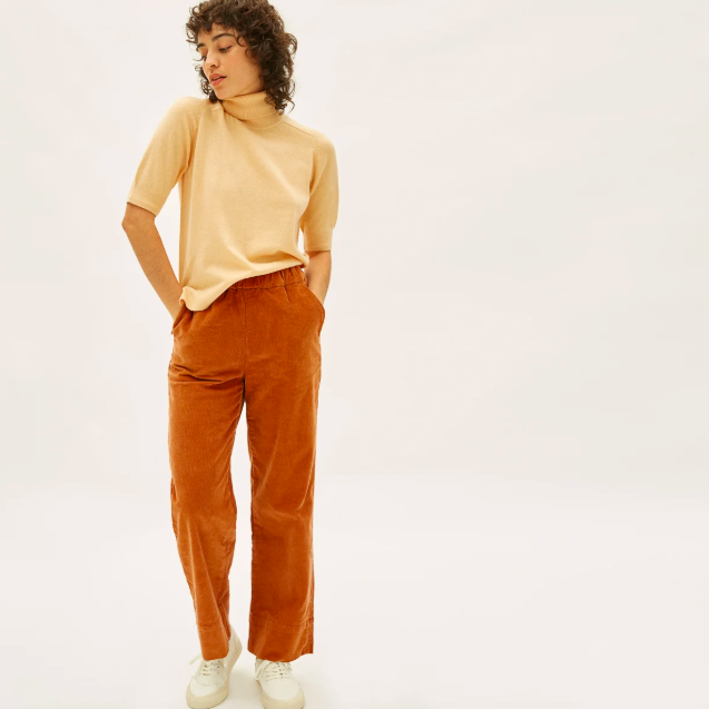 The Corduroy Easy Pant in Acorn. Image via Everlane.