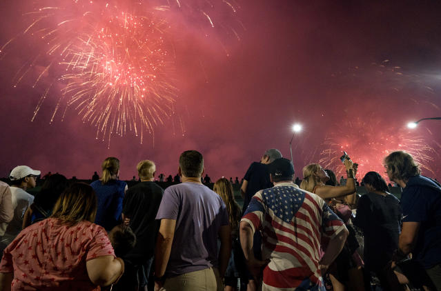 <p>Spectators a fireworks display on the east side of Manhattan borough, as part of Independence Day festivities Wednesday, July 4, 2018, in New York. (Photo: Craig Ruttle/AP) </p>