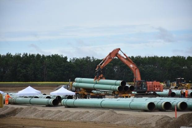 The Alberta government introduced a turn-off-the-taps law in 2018 during a spat with neighbouring B.C. about the expansion of the TransMountain oil pipeline. Construction of the pipeline is now proceeding, but the B.C. government has challenged Alberta's law in court. (Terry Reith/CBC - image credit)