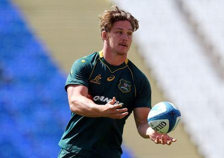 Rugby Union - Championship - Australia's Wallabies captain's run - Malvinas Argentinas stadium, Mendoza, Argentina - October 6, 2017 - Australia's captain Michael Hooper passes the ball during the captain's run ahead of their match against Argentina. REUTERS/Marcos Brindicci