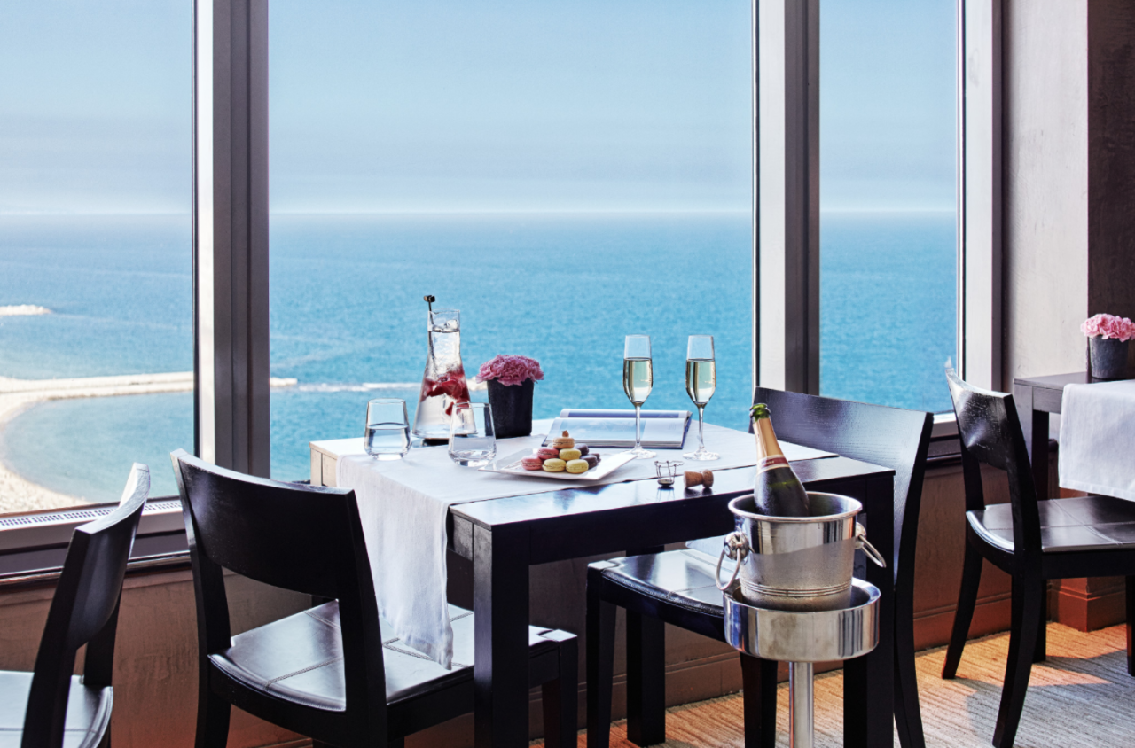 """<p><span>Dine on tapas in the Spanish foodie centre, Barcelona. </span><a rel=""""nofollow"""" href=""""http://www.hotelartsbarcelona.com/en""""><span>Hotel Arts Barcelona</span></a> <span>is a luxury beach hotel with a culinary difference – it has the city's only two Michelin star restaurant, Enoteca, with sea views to boot. </span><span>Rooms from £248. [Photo: Hotel Arts Barcelona] </span> </p>"""
