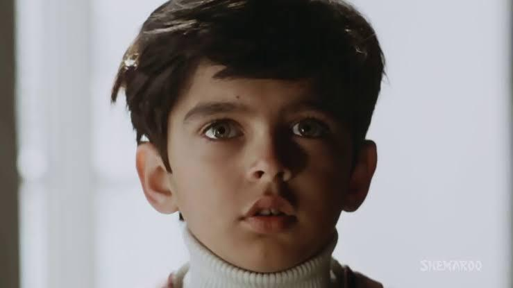 The biggest chunk of cinema enthusiasts remember him for his exceedingly adorable looks and exceptional performance as a child artists in the 80s <em>Masoom</em>. It isn't easy to stand out when you have distinctive actors like Naseeruddin Shah and Shabana Azmi occupying most of the screen space; competing in the child actor category was Urmila Matondkar who was no less of a talent either, but Jugal managed to remain etched in the minds of his audience.