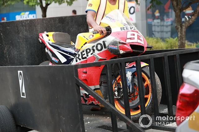 "Marc Marquez, Repsol Honda Team's crashed Honda <span class=""copyright"">Gold and Goose / Motorsport Images</span>"