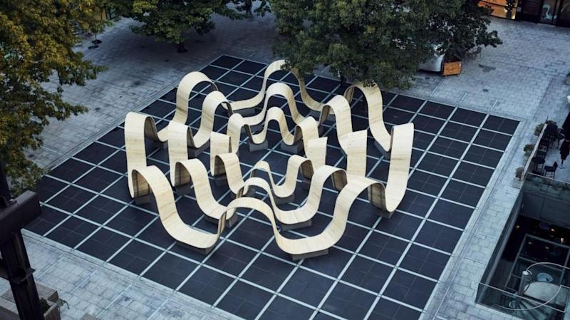 """""""Please Be Seated,"""" a wavy bench in London, designed by Paul Cocksedge"""