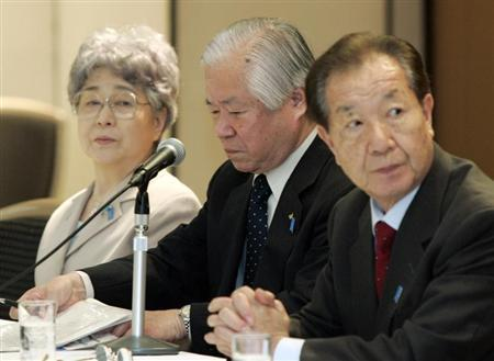 Shigeru Yokota and his wife Sakie attend a luncheon with abductee families hosted by Japanese PM Abe in Tokyo