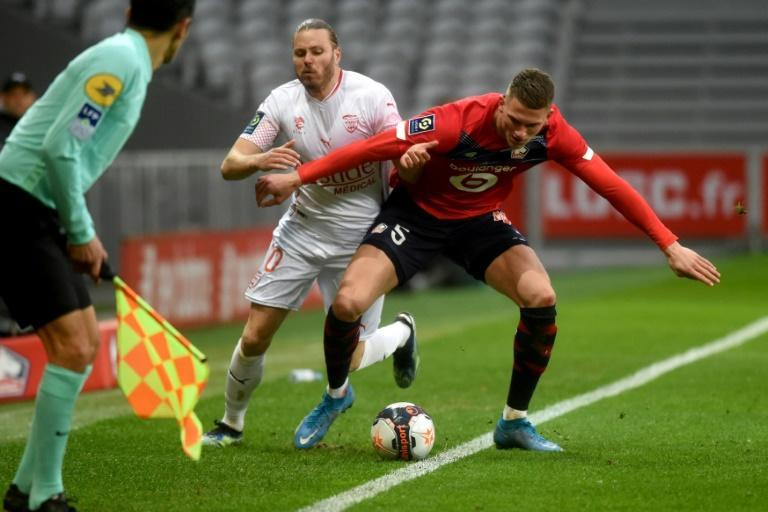 Lille were stunned at home by Nimes