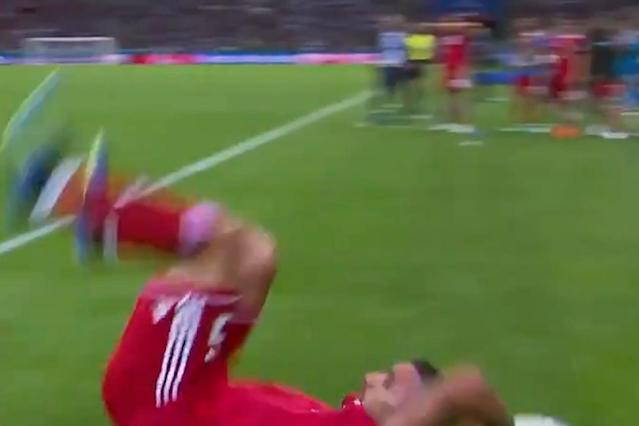 The greatest throw in World Cup history? Iran's Milad Mohammadi tries - and fails - somersault throw vs Spain