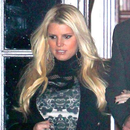 Jessica Simpson 'losing weight at own pace'