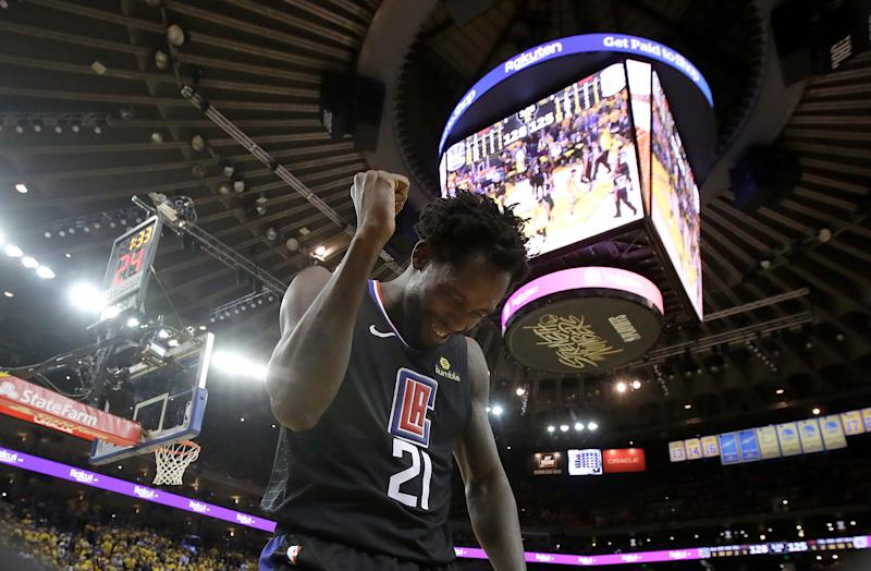 Patrick Beverley and the Clipper stunned the Warriors in Oracle Arena on Monday.(AP)