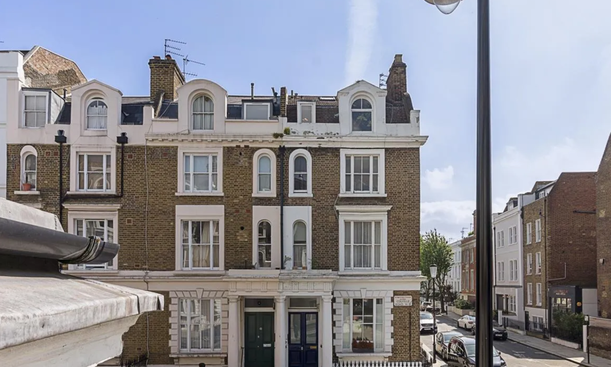 The property is in affluent Notting Hill in West London. (Zoopla)